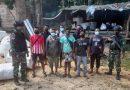 Operasi Jalur Perbatasan Negara, Satgas Pamtas Amankan 8 PMI Ilegal Dari Malaysia