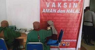 HUT Bhayangkara ke-75, TNI-Polri Gelar Vaksinasi 1 Juta Orang